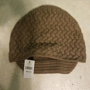 6b021373001 Banana Republic Accessories - NWT Banana Republic winter hat